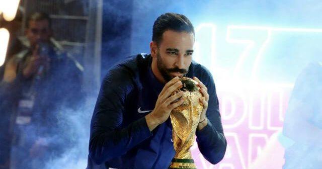 Marsella despidió al campeón del mundo Adil Rami por haber participado en un programa de TV
