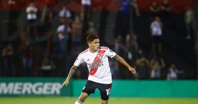 Ajax sacará la chequera y ofertará 15 millones de euros por Juan F. Quintero, aseguran en Argentina